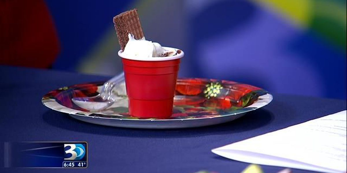 Tips to stay healthy at holiday cocktail parties