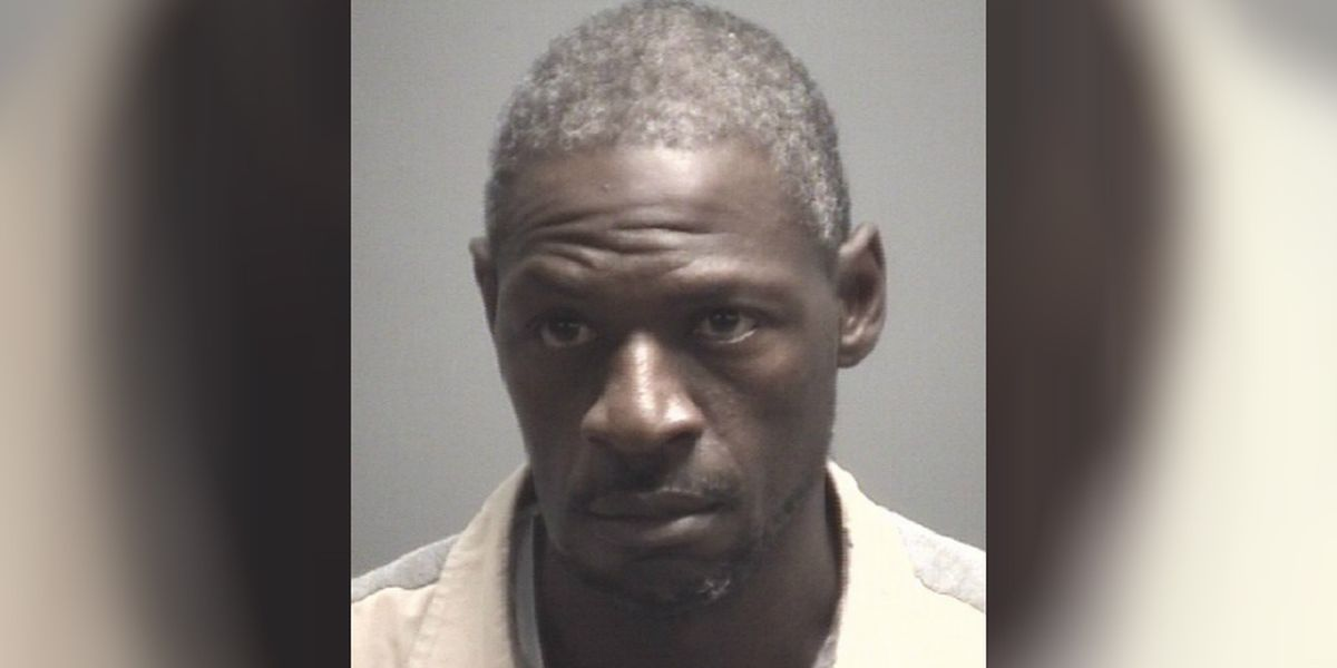 Wilmington police charge man with stealing shotgun from officer's patrol car