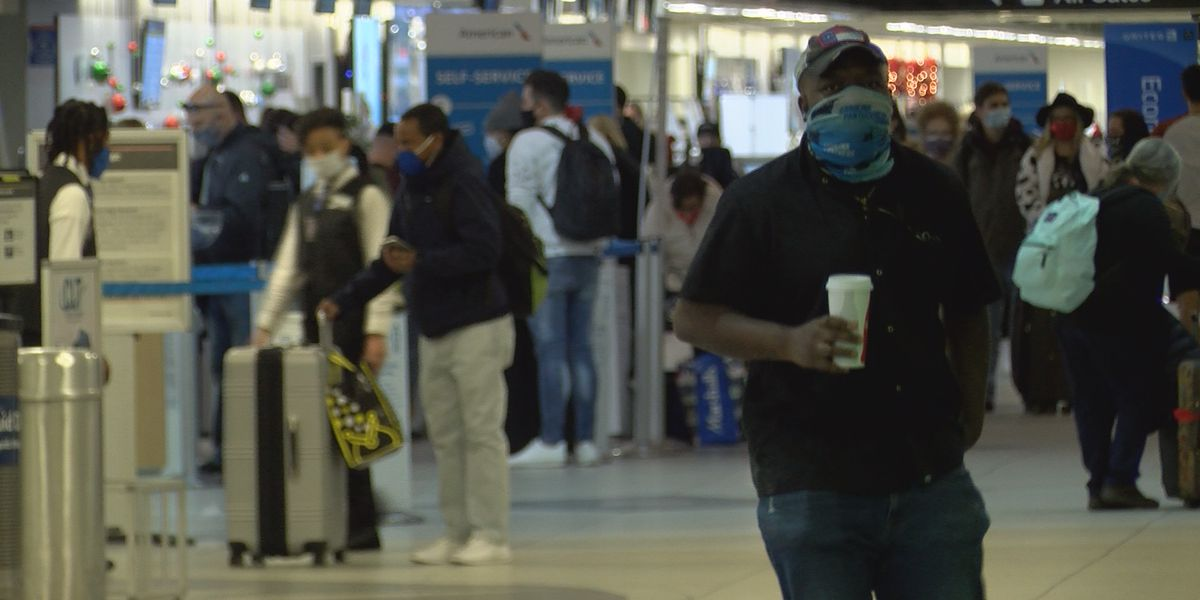 Charlotte Douglas travelers sound off on pandemic concerns as Christmas nears