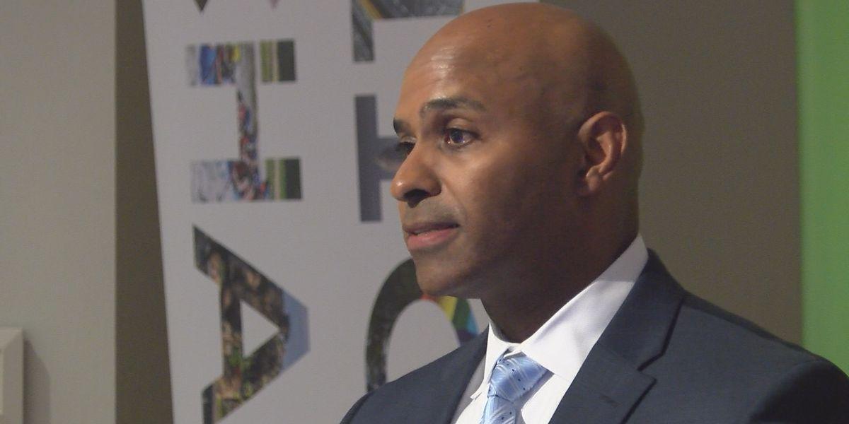 CMPD Chief speaks at city council meeting, addresses violent crime