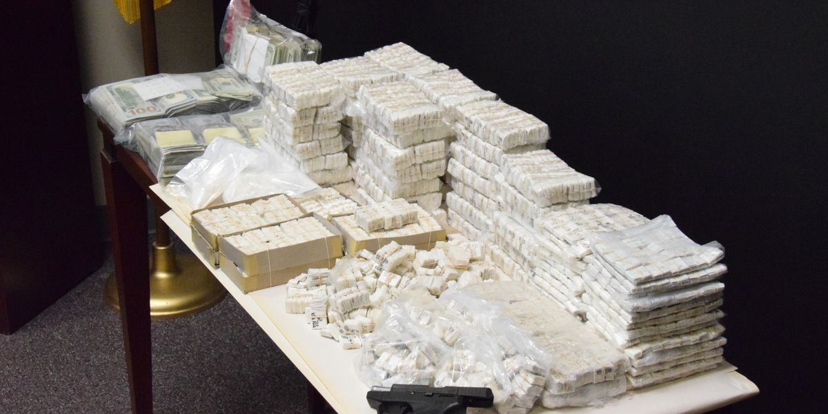 39,000 bags of heroin, $250K in cash seized in Wilmington drug bust