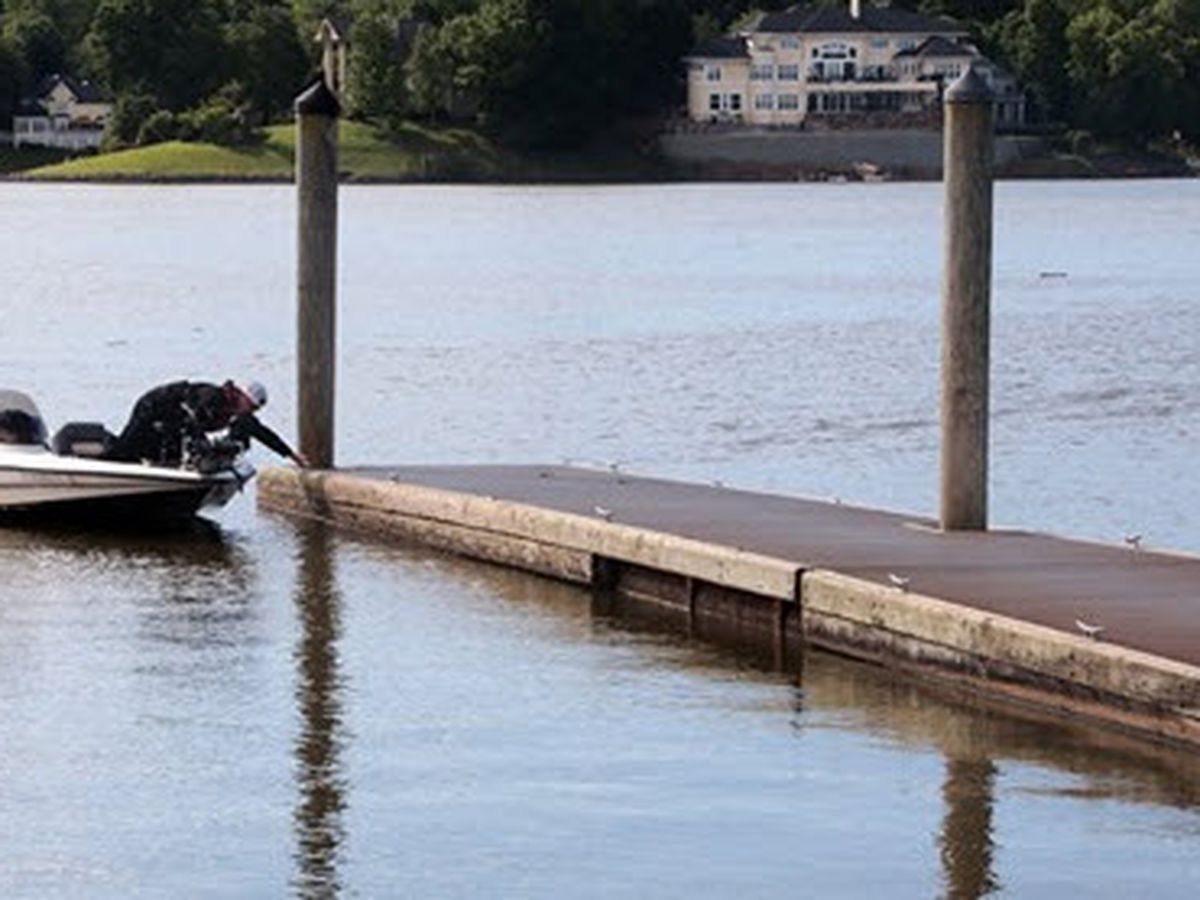 A no swim advisory is in place after sewage discharged into Lake Wylie. Here's where.