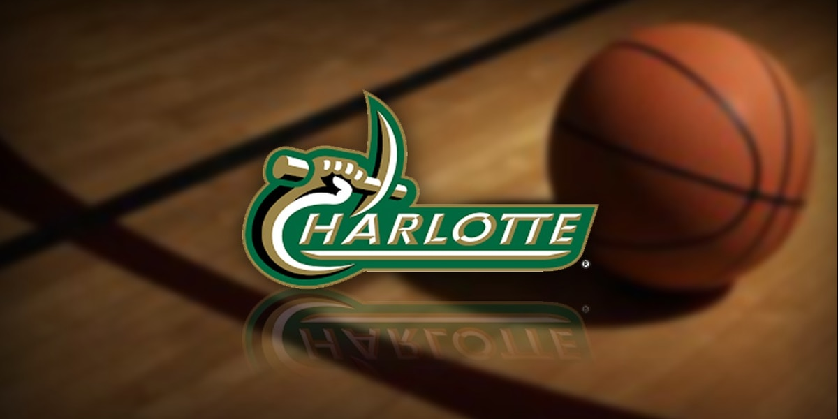 Crawford, Woods help Deacons roll past Charlotte 49ers 80-57