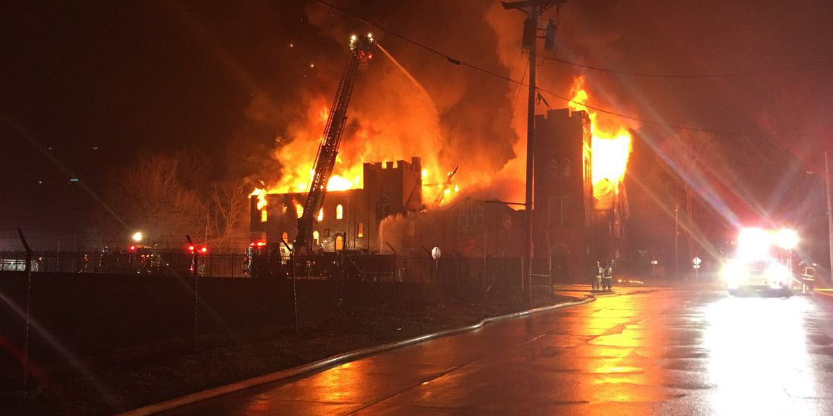 Church 'total loss' after massive fire engulfs building