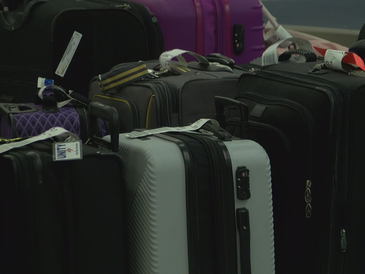 Hundreds of thefts reported at Charlotte airport with few cases ever solved