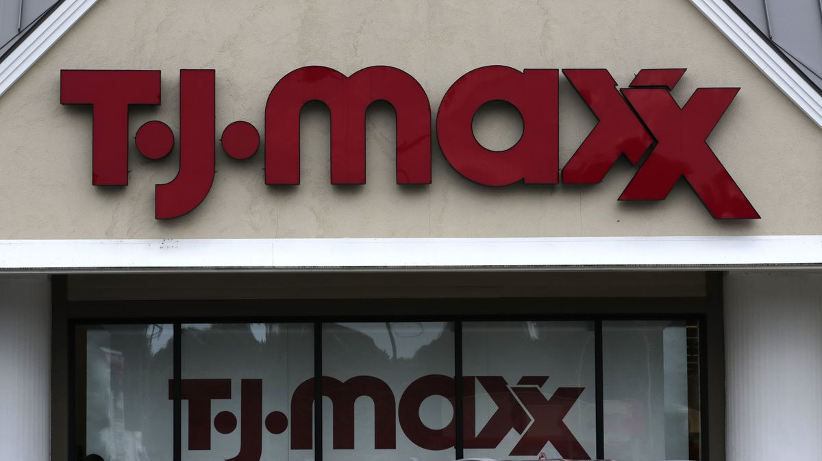 Tj Maxx Marshalls Homegoods To Reopen All Stores In Next Month