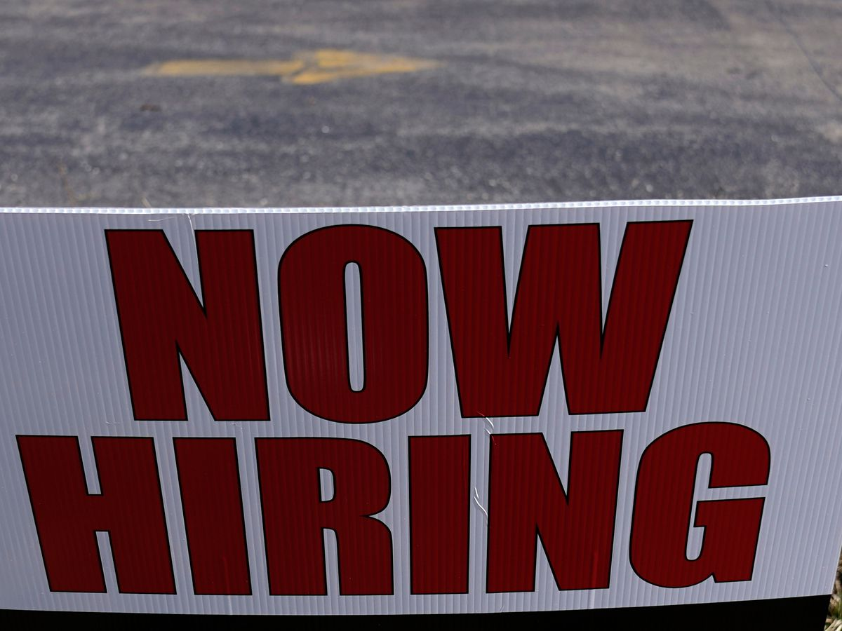 U.S. Chamber of Commerce calls for immediate end to $300 extra unemployment benefit