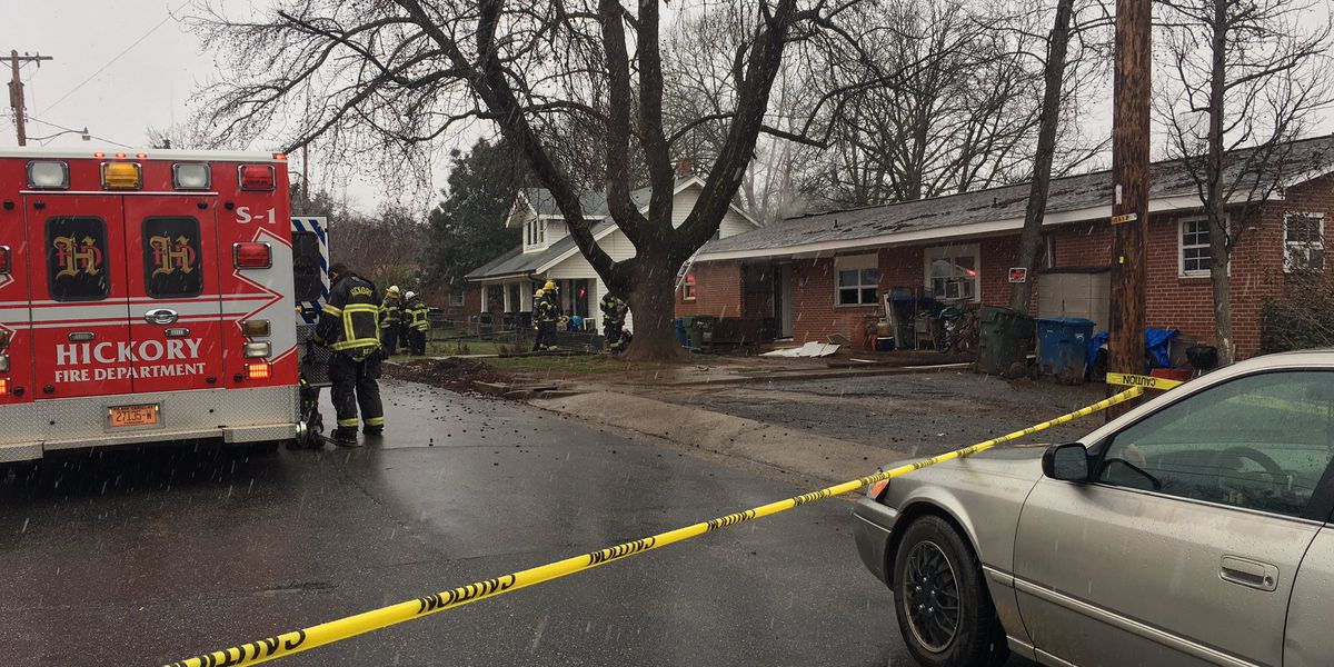 6 displaced after Hickory fire