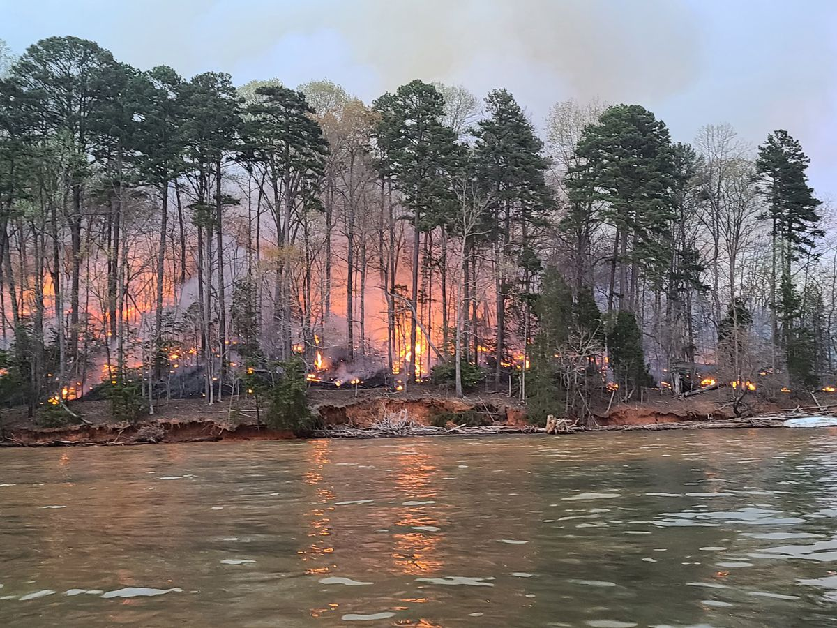 Crews battle fire at Lake Norman State Park