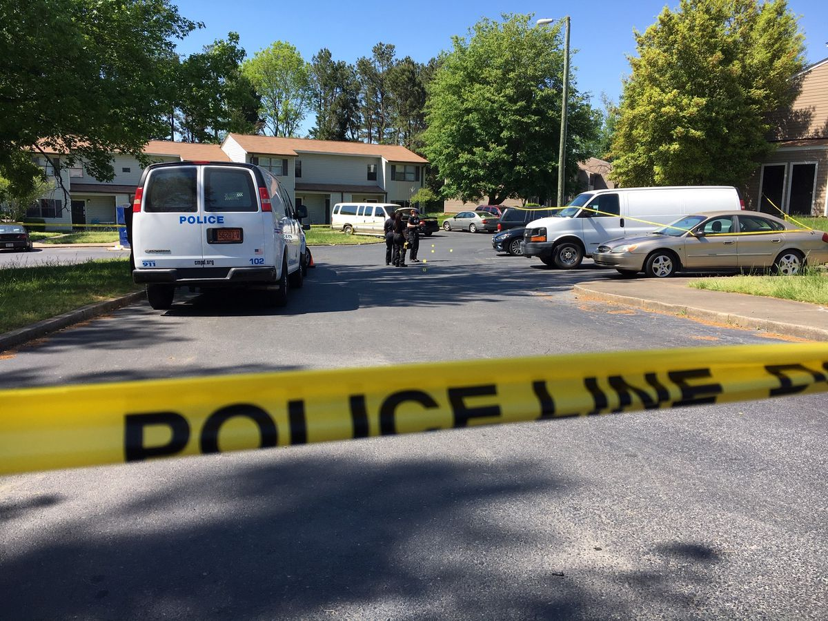 c0c233c686 Duo arrested in fatal shooting of young mother in east Charlotte