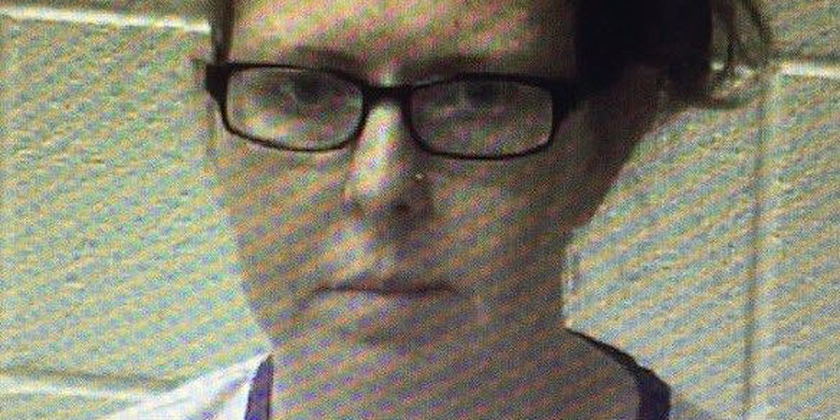Assisted living center director accused of stealing pain medication from residents