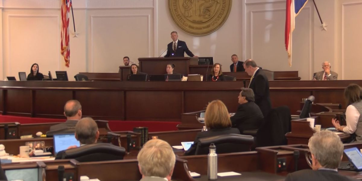 Elections bill becomes law as general assembly overrides Cooper's veto