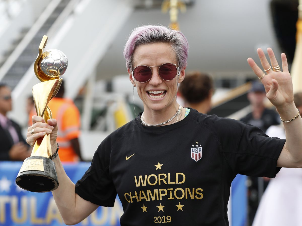 World Cup star Megan Rapinoe brings victory tour to House of Soccer in Charlotte