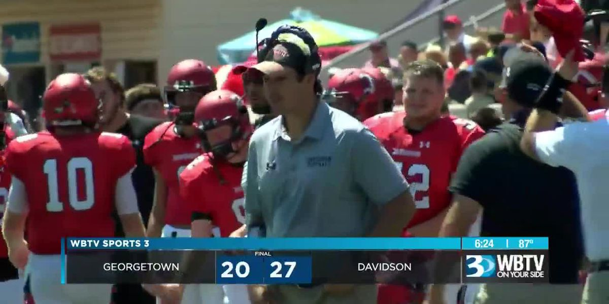 Late touchdown pushes Davidson past Georgetown, 27-20