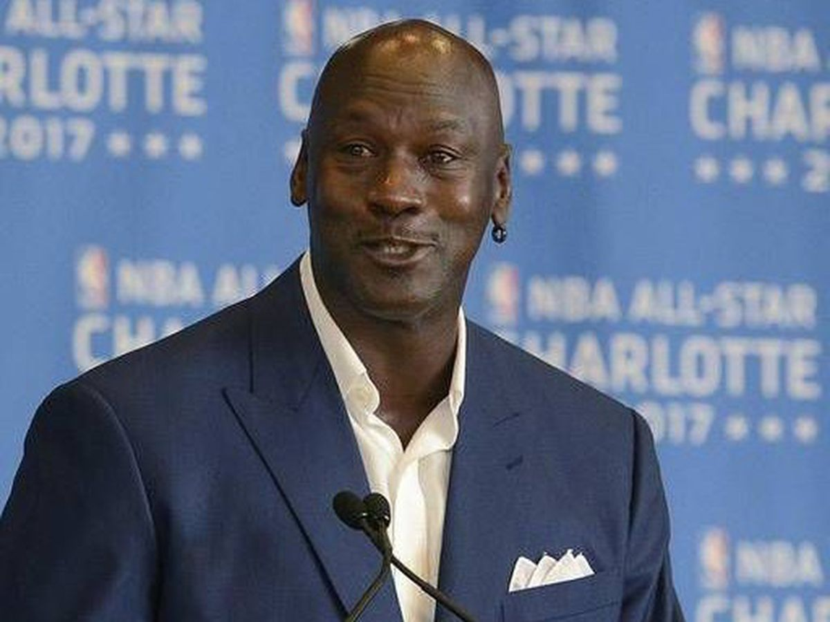 Michael Jordan selling large chunk of Hornets; won't give up majority control