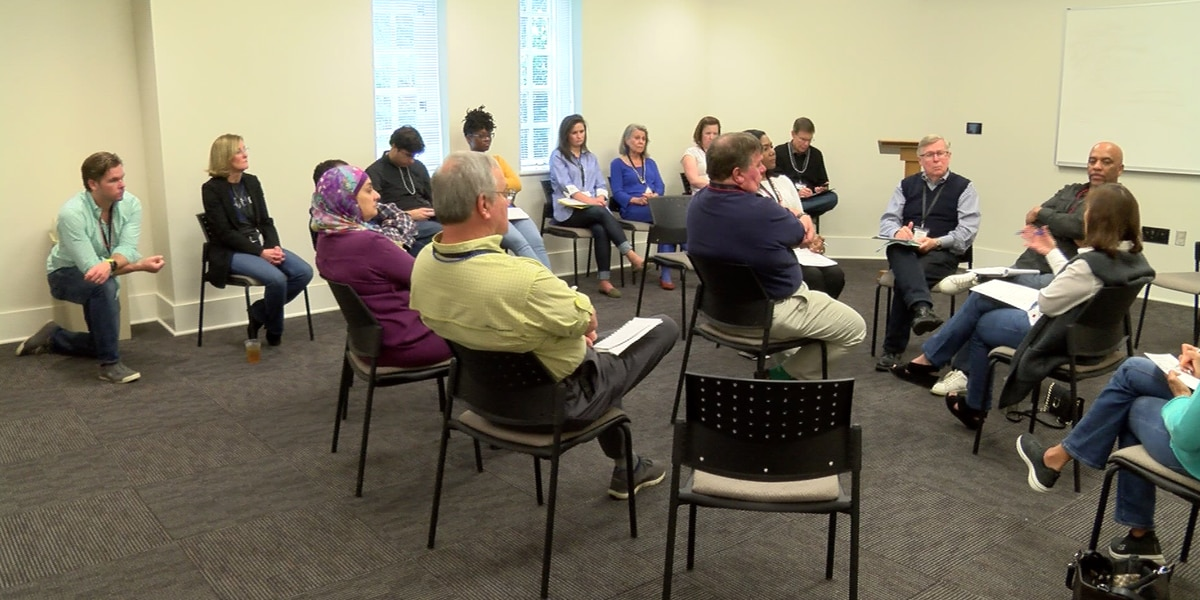 Bi-Partisan Workshop Held to Overcome Division in Charlotte