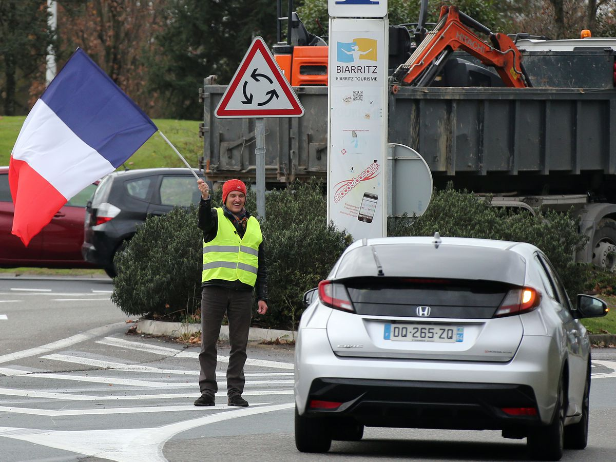 France sees 6th yellow vest protester die in road accident