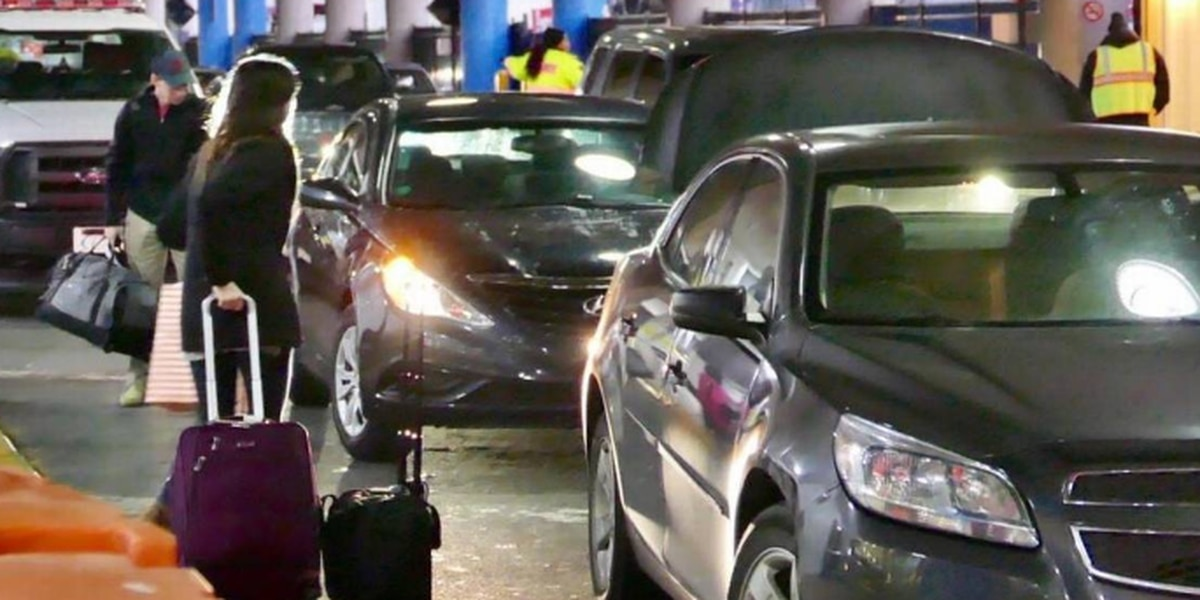How do parking prices at Charlotte's airport compare to other cities?
