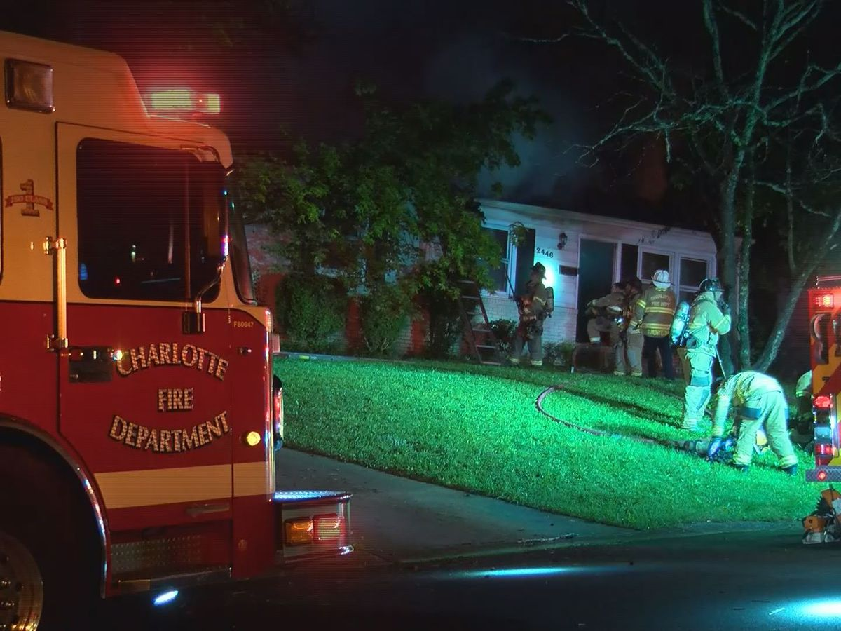 Firefighter injured while battling house fire in west Charlotte
