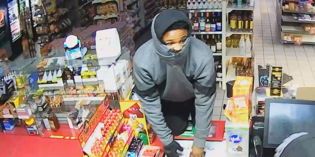 Crime Stoppers: Police looking for bold burglars who broke into Monroe Road convenience store