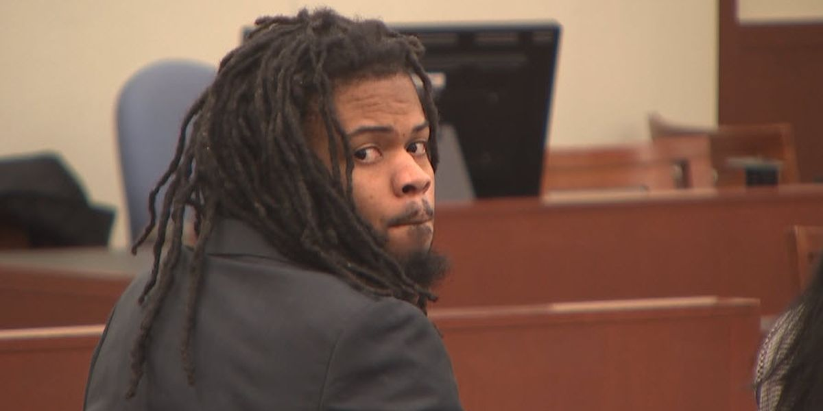 Questions from jury as deliberations continue in Raquan Borum trial
