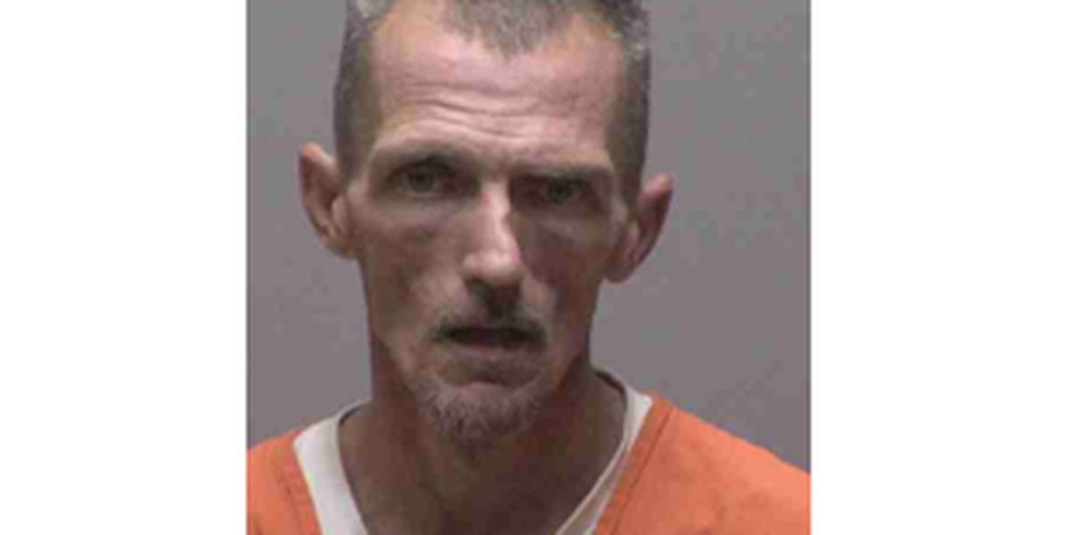 Lincoln County man arrested after attempting to break into homes, vehicles