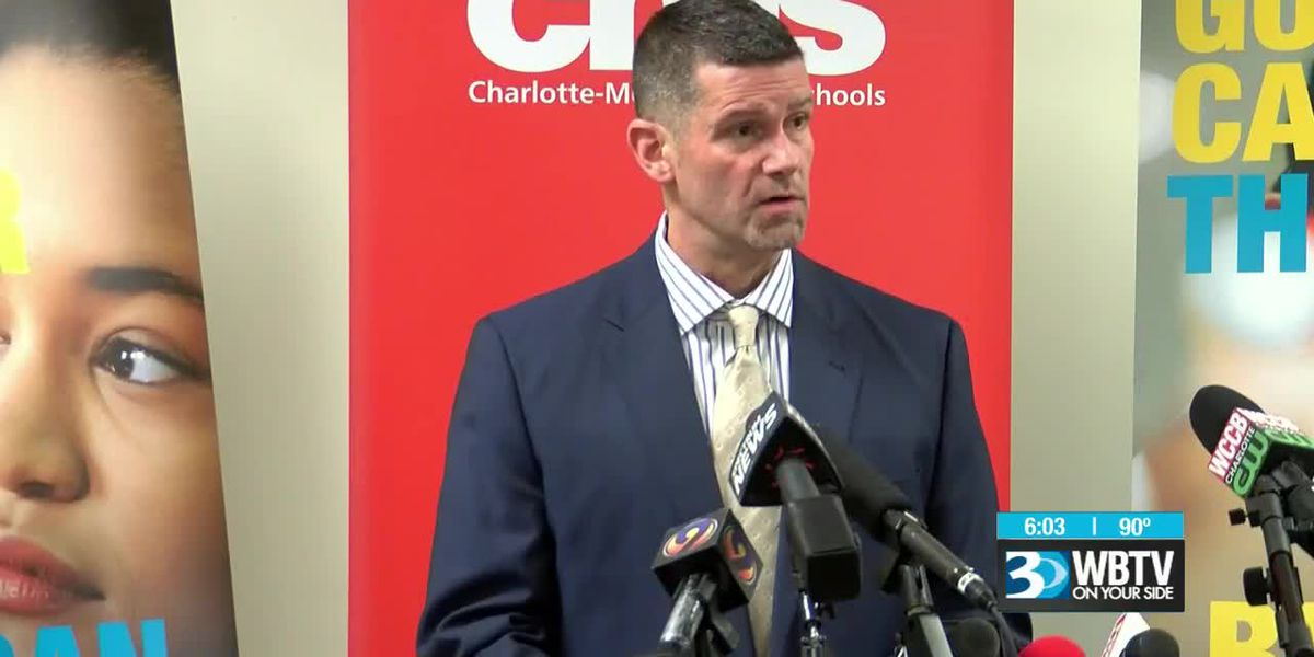 Charlotte-Mecklenburg Schools chief communications officer to resign