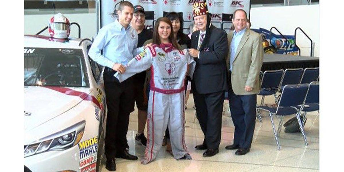 Teen girl designs paint scheme for Daytona NASCAR driver