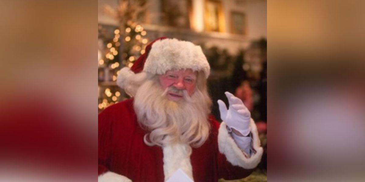 Man known for portraying 'Legendary Santa' dies
