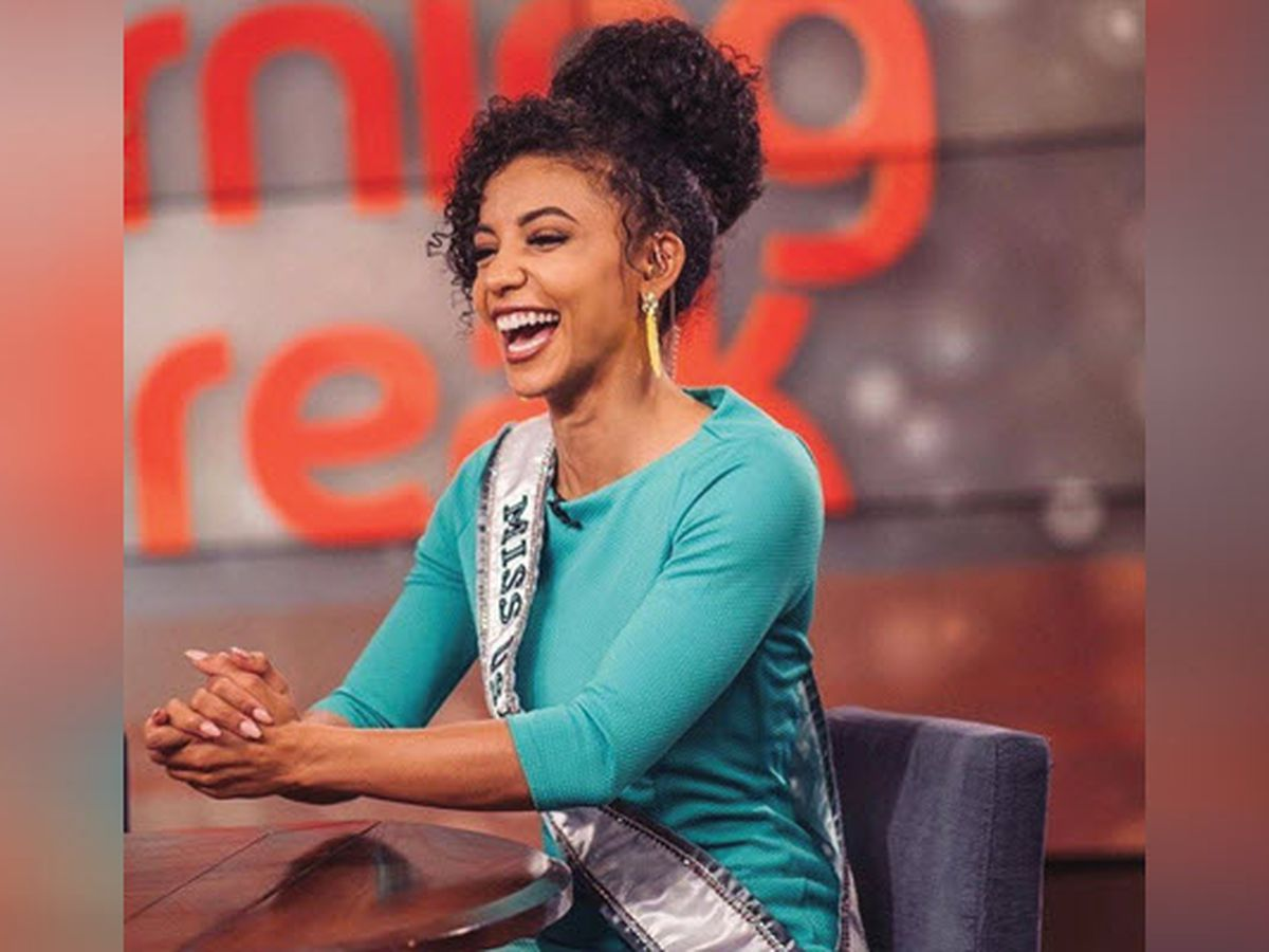 Miss USA, a Charlotte lawyer, places top 10 in Miss Universe title