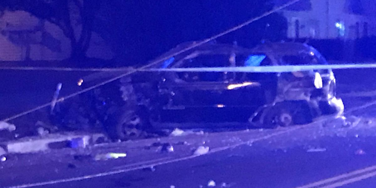 Car crashes into power pole injuring four people in northeast Charlotte