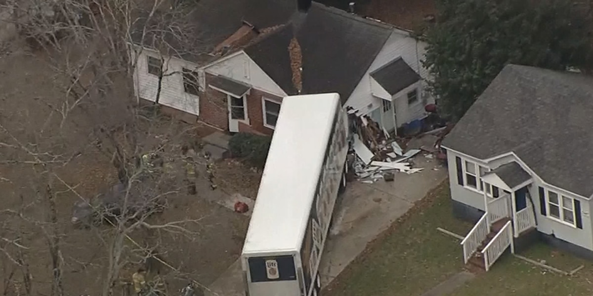 1 injured after Miller Lite truck crashes into home in Charlotte