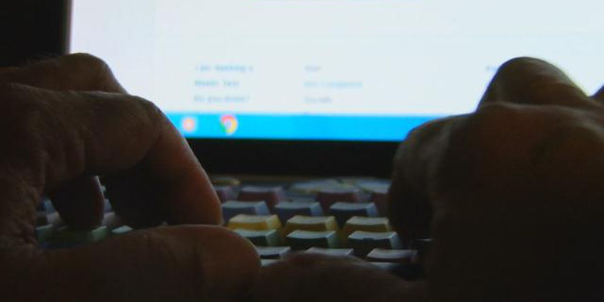 Charlotte parent upset after inappropriate content allegedly appears during virtual class