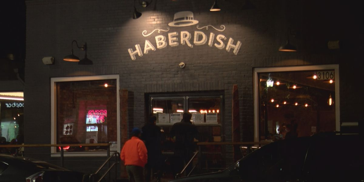 'It's a big impact on us': Charlotte restaurant owner speaks about new COVID-19 restrictions
