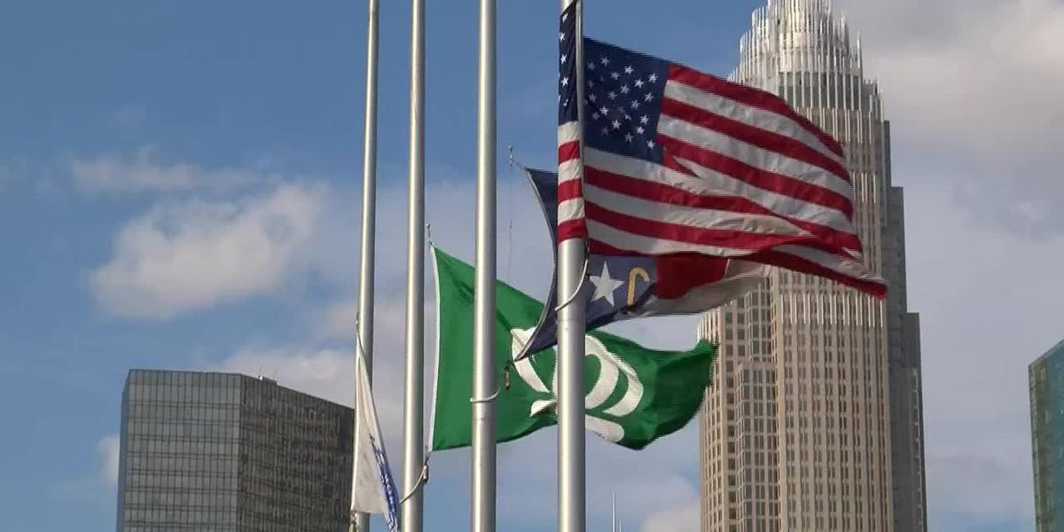 Gov. Cooper orders state facilities to lower U.S., N.C. flags for people who died of COVID-19