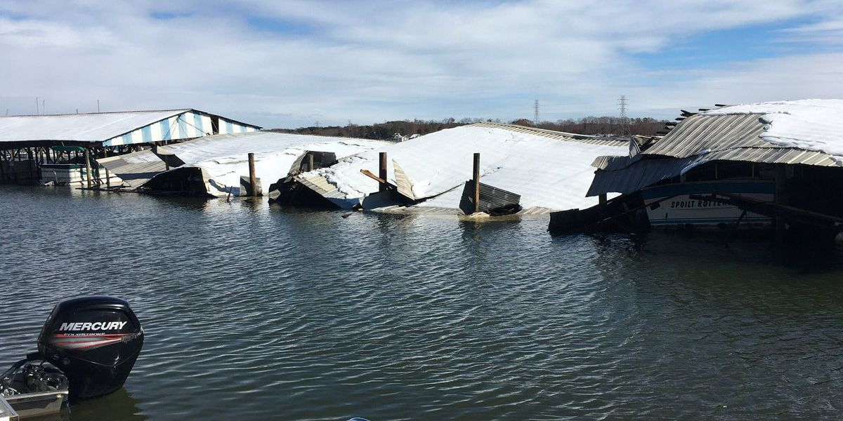 Winter storm damages marinas around Lake Norman