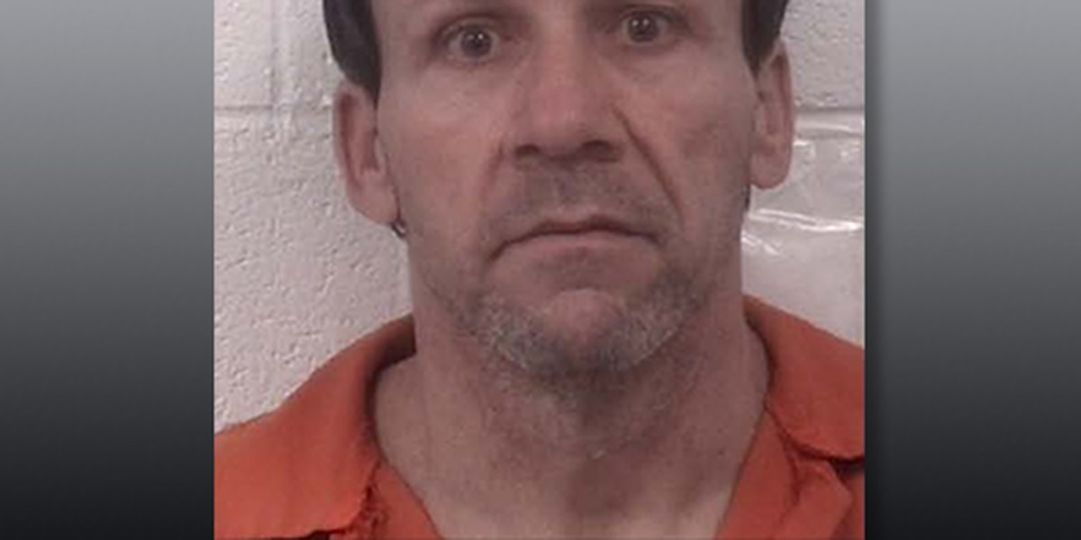 Sex offender pleads guilty to failing to register new address