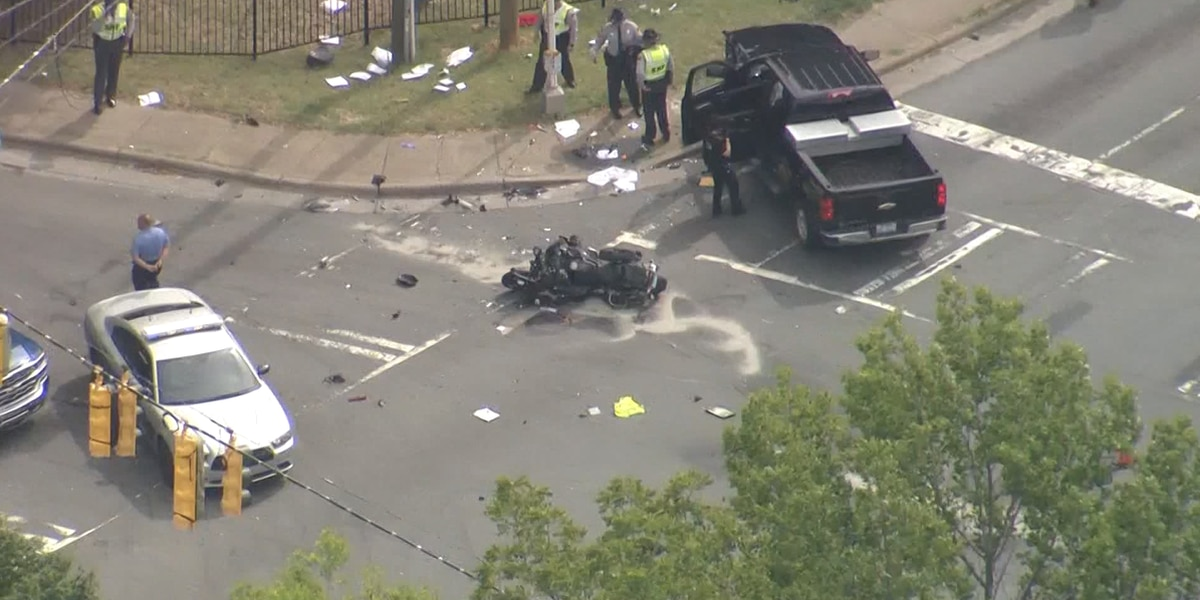 State trooper in critical condition after motorcycle crash in west Charlotte, police looking for vehicle