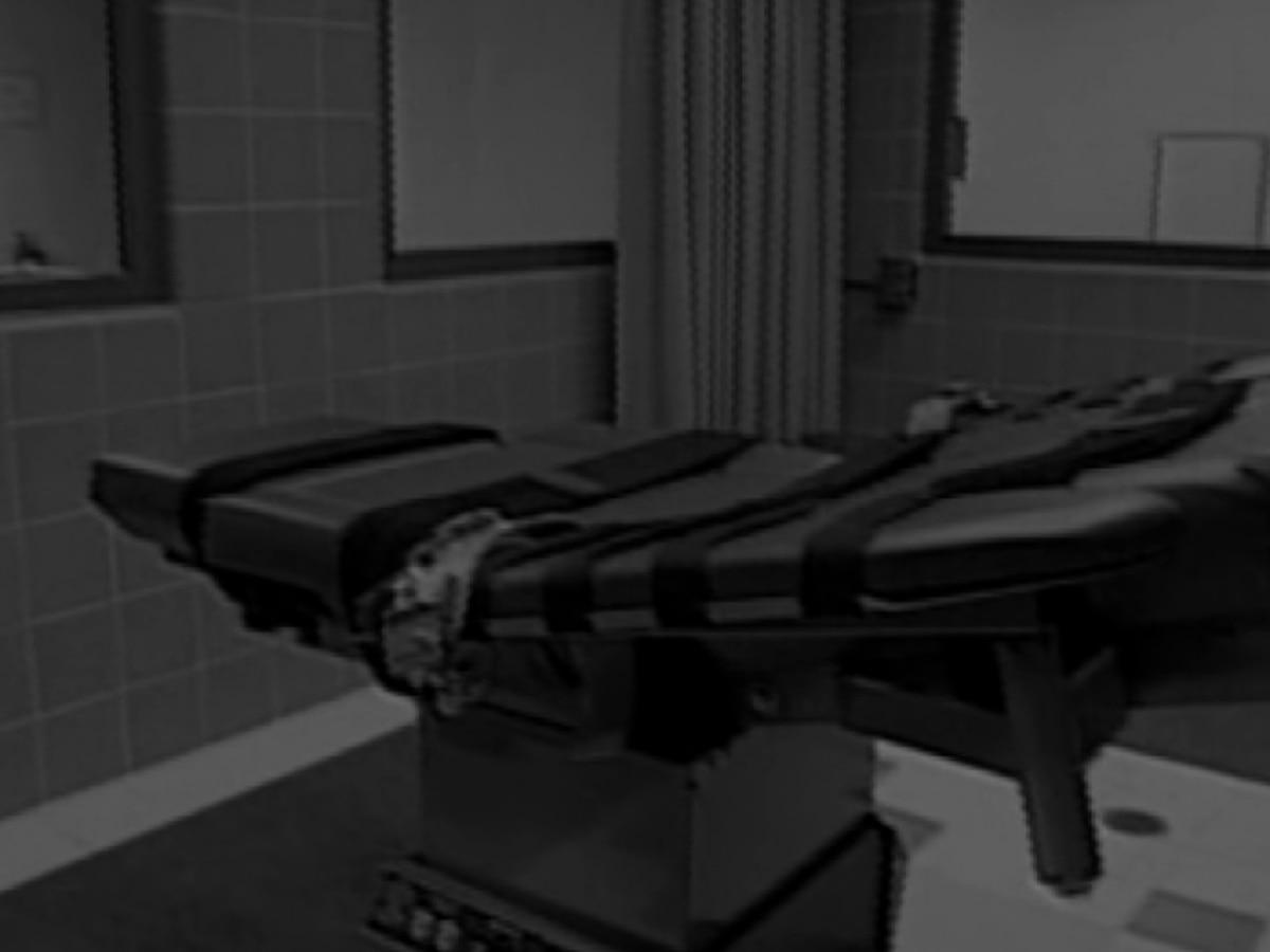 3 North Carolina death row inmates to serve life in prison