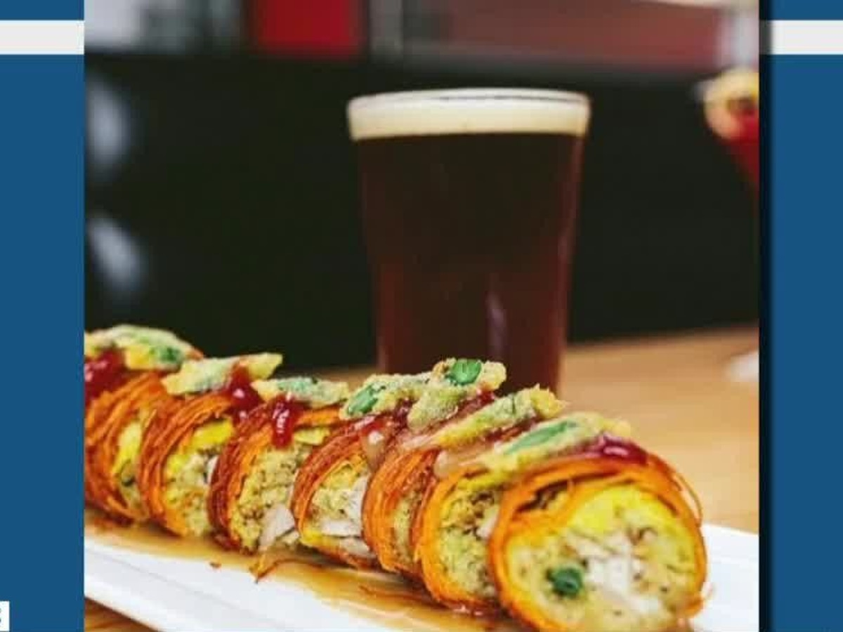 Cheryl Learns How To Make The Cowfish's Gobble Gobble-ooshi Roll