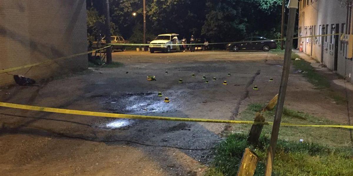 Police: Man shot in arm in northwest Charlotte