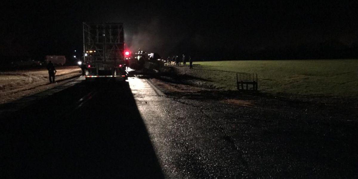 One killed when chicken truck wrecks, overturns in Union County