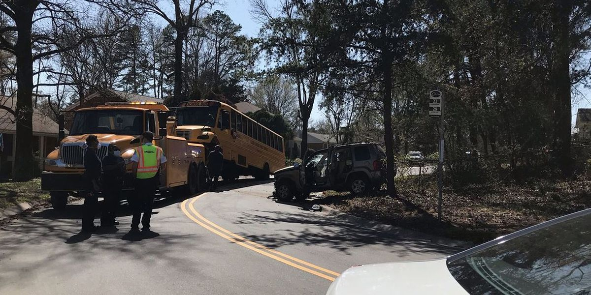 No injuries after CMS bus carrying students with special needs wrecks in east Charlotte