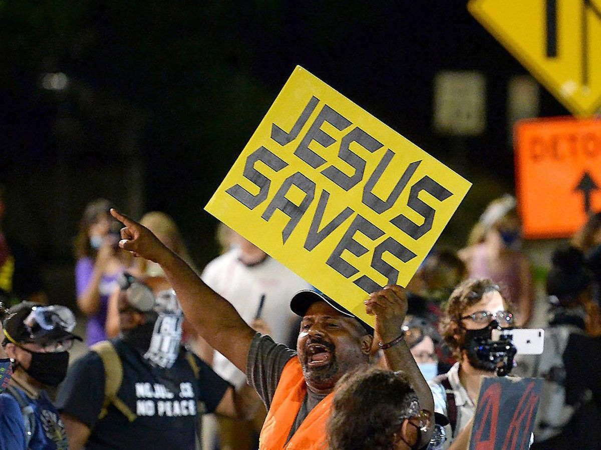 Charlotte's 'Jesus Saves guy' Sam Bethea spreads message at U.S. Capitol insurrection, plans to be at inauguration