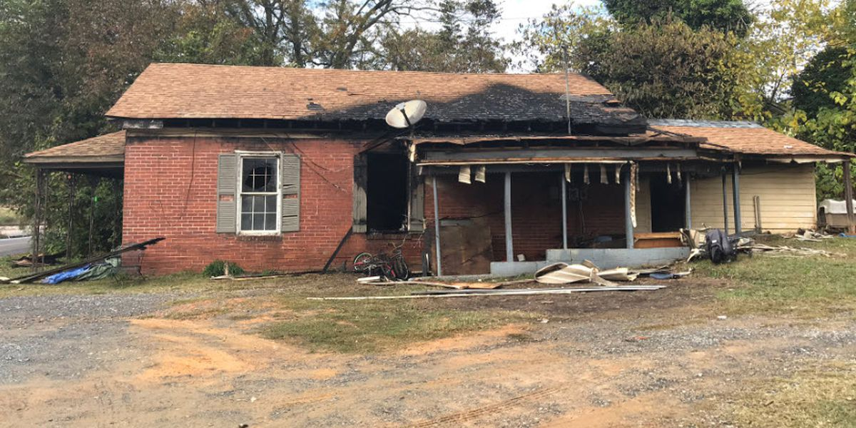 8-year-old boy killed, 5-year-old badly burned in fire
