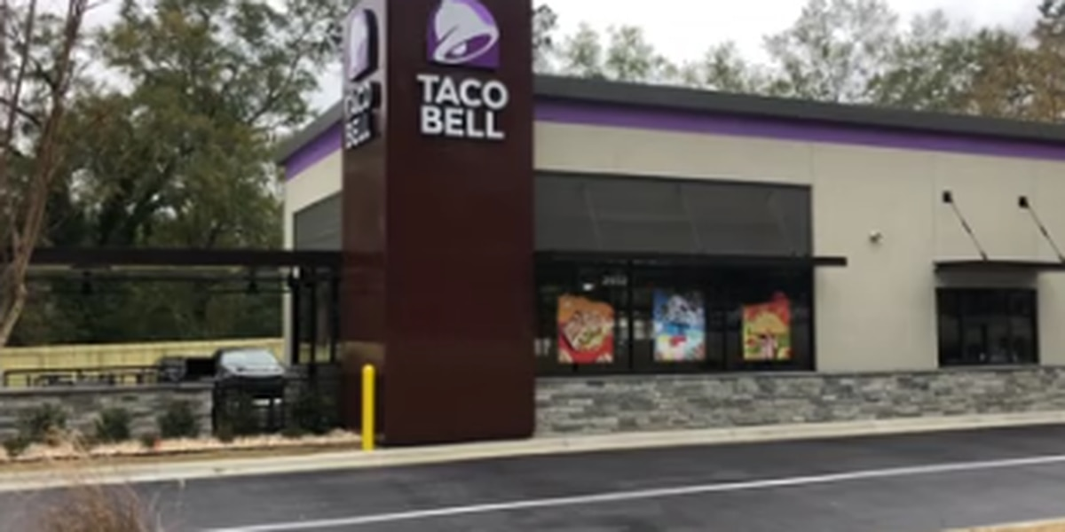 Taco Bell plans to hire 5,000 people in a single day on April 21