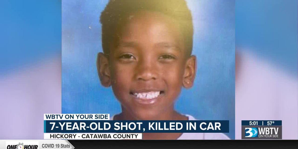 7-year-old fatally shot while riding in car with mother