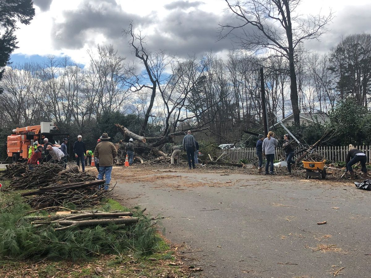 Matthews church is clearing neighbors' fallen trees at no cost