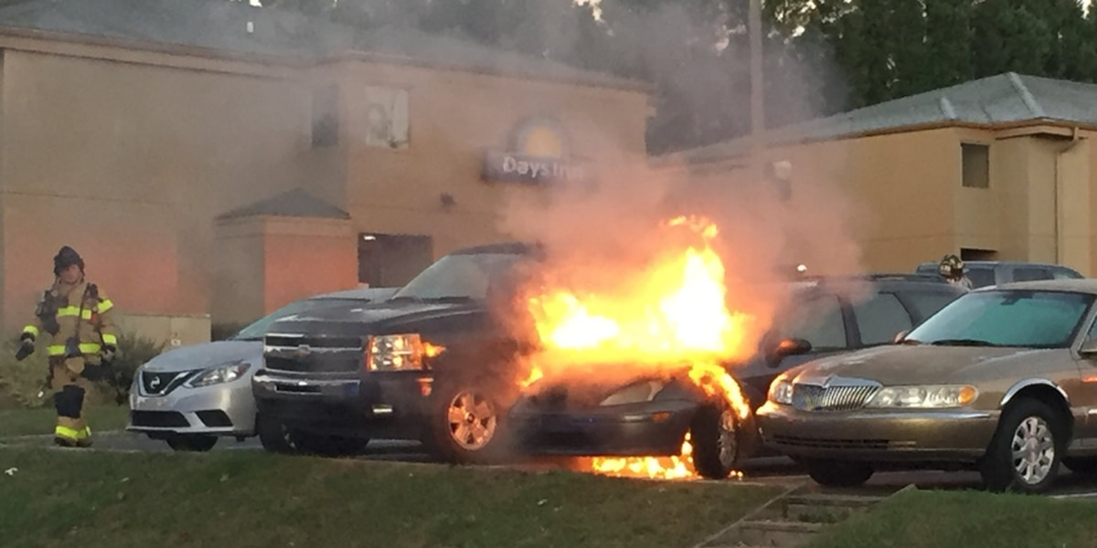 Car catches fire in motel parking lot
