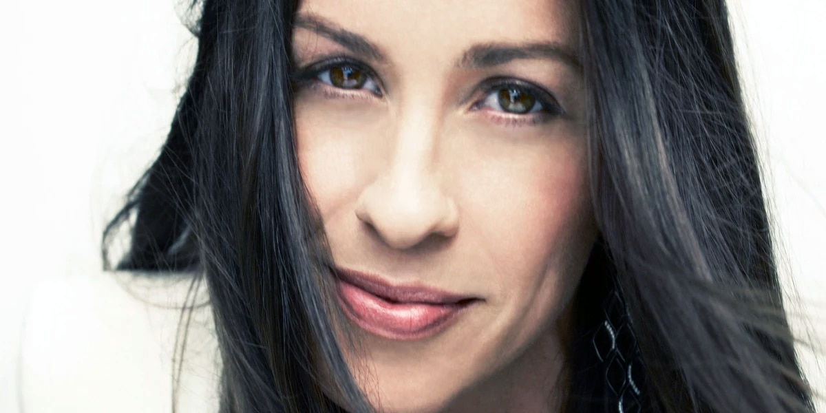 Report: Alanis Morissette heading out on tour for 25th anniversary of 'Jagged Little Pill'